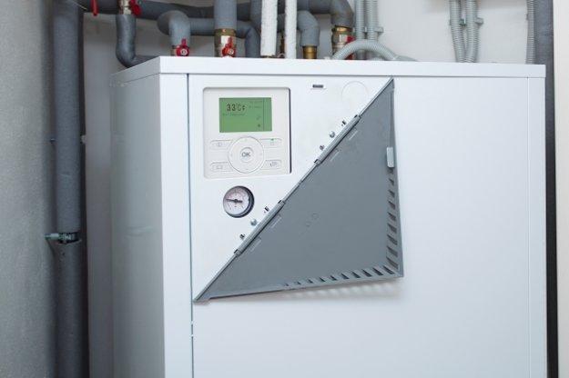 Čerpadlá sú schopné usporiť dve tretiny nákladov na teplo. Potrebnú energiu získavajú  zo vzduchu, vody alebo zeme.