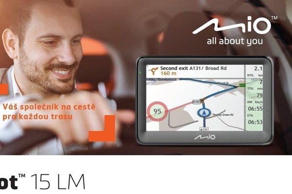 Jezděte s důvěrou – výkonná a podrobná navigace Mio Pilot 15 LM