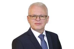 Rektorom Ekonomickej univerzity v Bratislave bude opäť F. Daňo