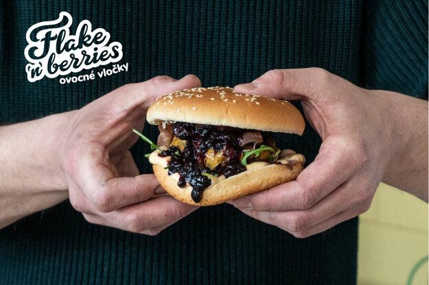 Burger s čučoriedkovým kečupom