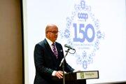 Slávnostnú konferenciu otvoril predseda predstavenstva COOP Jednoty Slovensko Gabriel Csollár.