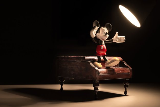 Mickey Mouse, snáď najznámejšia postavička z dielne Walta Disneyho.