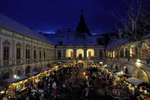 Adventný trh zámok  Kobersdorf (c) Christine Binder.