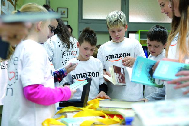Podporujeme projekt AMAZON pre školákov a vedieme ich spoločne k čítaniu
