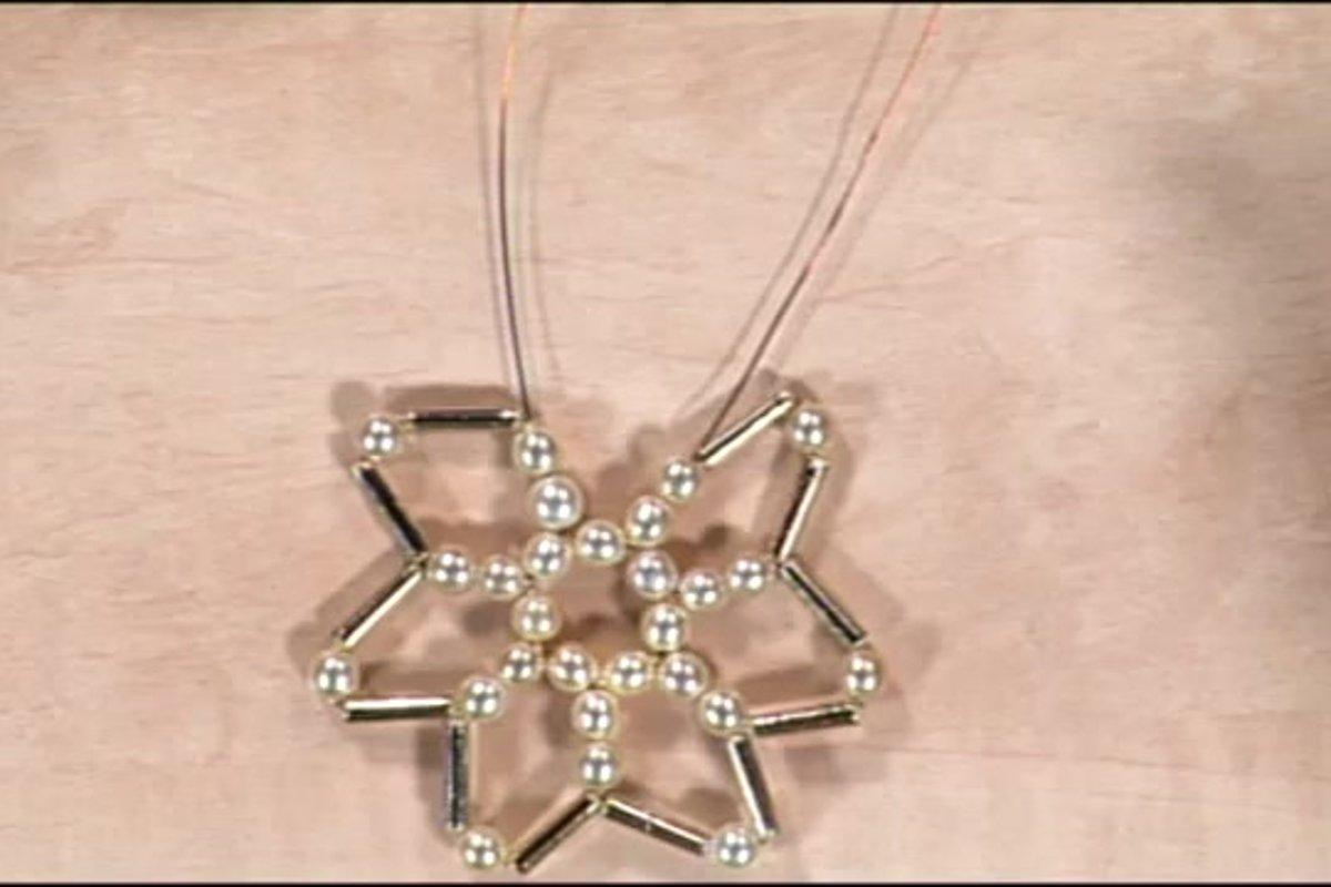 a6013ca42 Vianočná hviezda z korálok - Video SME