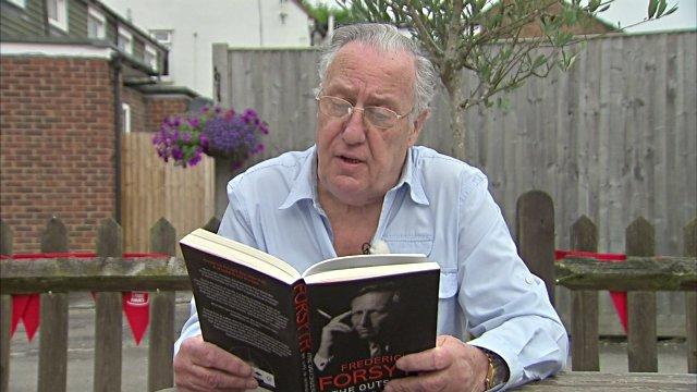 Frederickovi Forsythovi už stačilo, končí s písaním thrillerov