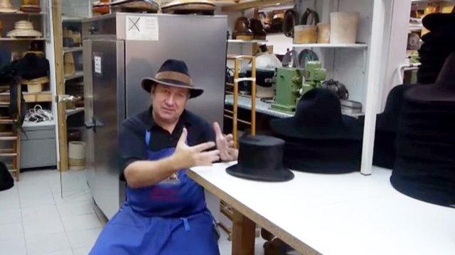 danubeStory: Klobúk z Regensburgu nosil aj Johnny Depp