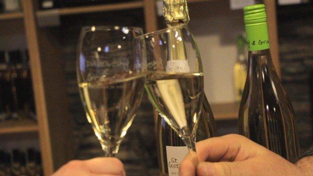 Nie všetky bublinky sú šampanské. Aké rozdiely sú medzi druhmi šumivého vína?