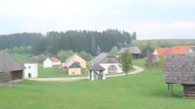 Slovenská dedina, to je romantika