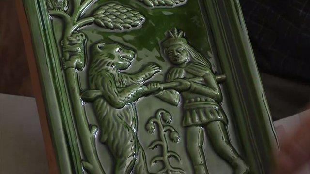 V Banskej Bystrici majú unikát. Sex na kachliach v gotickom tvarosloví