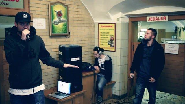 V bratislavskej vývarovni vystúpil slovensko-český Boyband