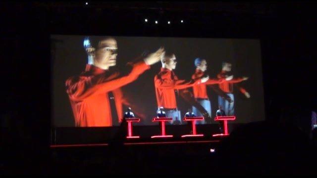 Kraftwerk prišiel na Pohodu s veľkolepou 3D show