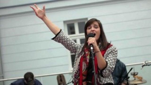 Jana Kirschner spievala na univerzite