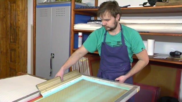 Látky dolnokubínskeho umelca sú cool vďaka spojeniu tradície a invenčnosti