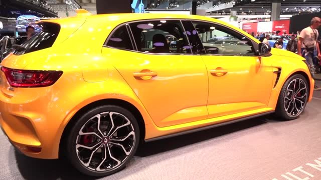Renault Mégane R.S. má natáčanie zadných kolies aj problém s váhou