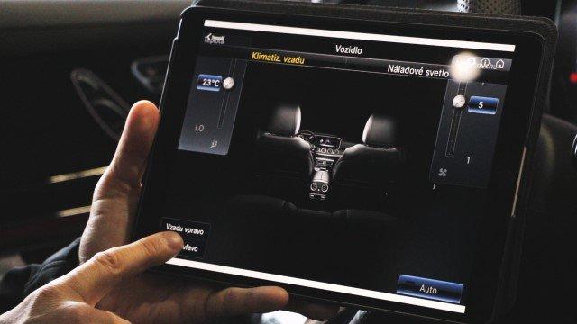 Ako James Bond. Pozrite sa, aké rôzne funkcie auta môžete ovládať cez mobil