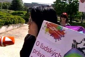 www lesbické Trojka