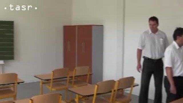 Chminianskych Jakubovanoch majú novú kontajnerovú školu