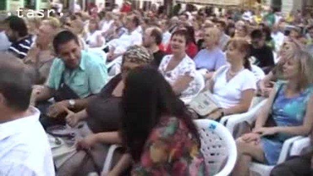 Na bratislavskom Hlavnom námestí znela rómska hudba