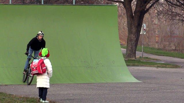 Petržalský skejtpark je vstupnou bránou pomoci mladým